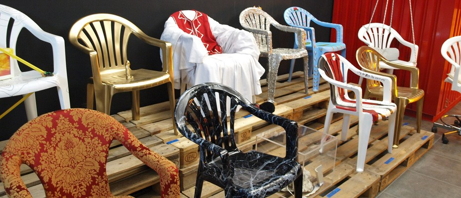 ding plastic chair project